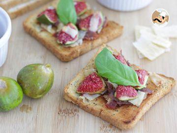 Bruschetta aux figues, parmesan et jambon de parme