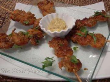 Brochettes de crevettes marinées à la sauce soja