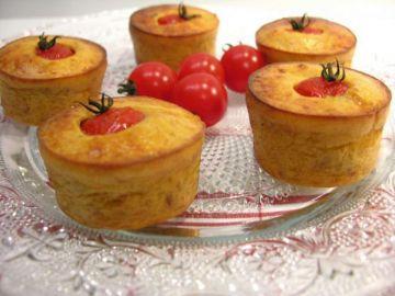 Moelleux à la tomate cerise et aux tomates séchées