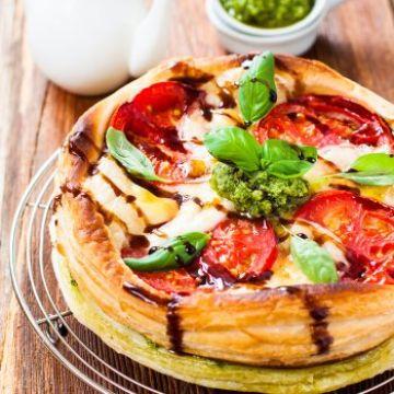 Mille-feuille tomate, mozzarella et pesto