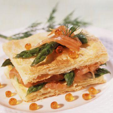 Mille-feuilles asperges et saumon