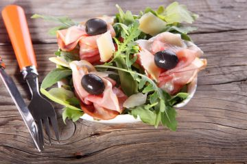 Mini salades minute au jambon de Parme