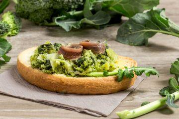 Bruschetta au brocoli et aux anchois