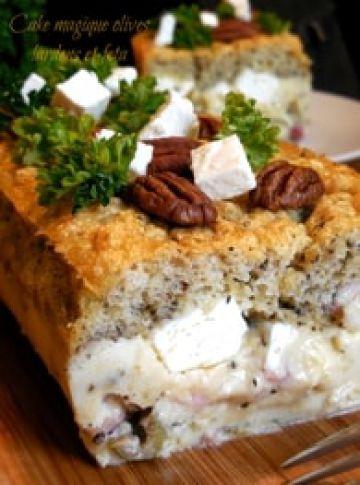 Cake magique olives, lardons et feta