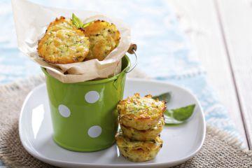 Mini muffins de polenta aux courgettes