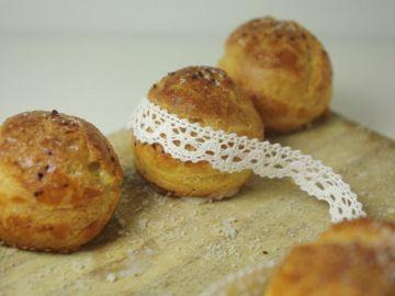 Petits choux au piment d'espelette et crème de parmesan